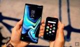 新创公司推出名为Palm的轻便机,只有信用卡大