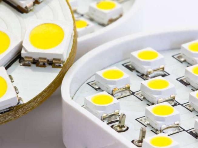 日亚化学宣布与三家公司共有的红色荧光体LED相关...