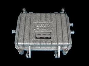 用于掺镱拉曼放大器的光纤激光器可以提升其自身的功...