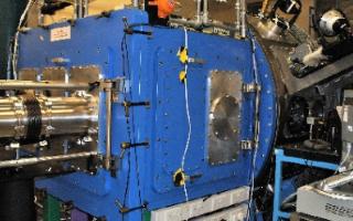 英国研制出世界上最高增益的大功率激光放大器,增益...