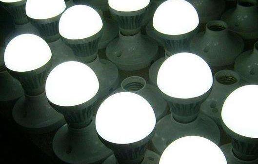 水银灯将于2021年起禁止生产 Panasoni...