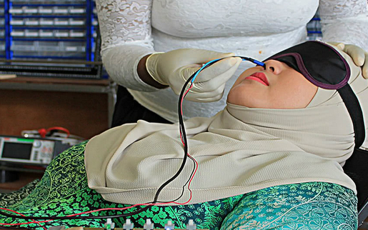 马来西亚研究员用医疗电子打造虚拟嗅觉