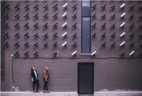 据调查发现,消费者主要希望使用智能家居技术来保障安全