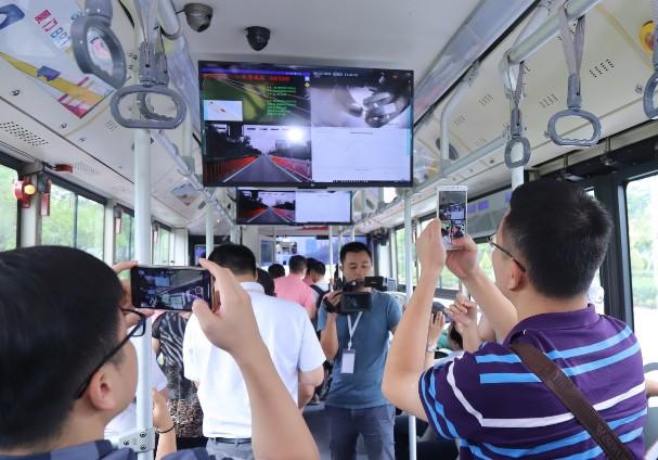 """中国信科提供一系列的""""5G+""""业务,为5G在垂直..."""