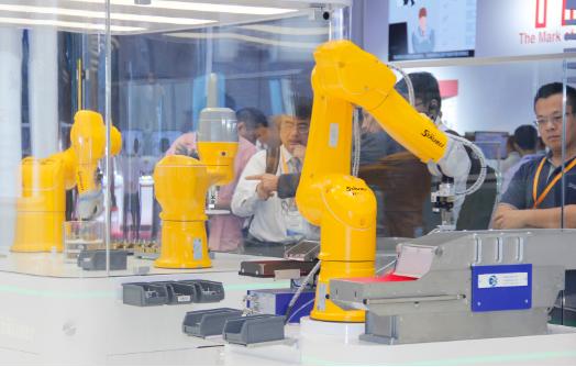 贸易战冲击下,全球机器人市场发展速度放缓