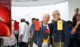 iPhone重新多彩,屏幕黑边不是问题3D Touch是争议点