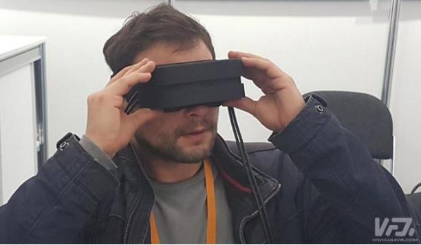 Fraunhofer制作一款原型VR头显,重量降...