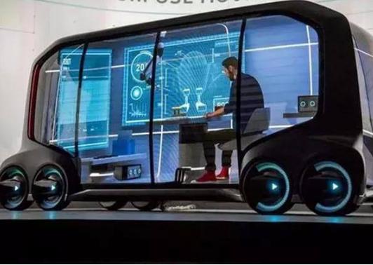 上海成为国内首个颁发自动驾驶卡车道路测试牌照的城市