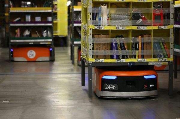 物流仓储AGV已经成为机器人市场一个非常重要的增...