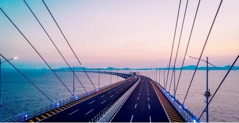 中兴通讯携手广东移动为港珠澳大桥实现了无线网络全...