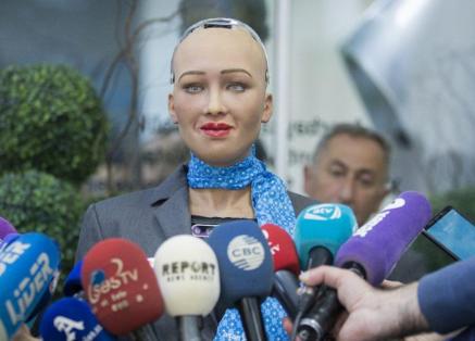 人工智能仿人机器人索菲亚成为全球首个获得签证的机...