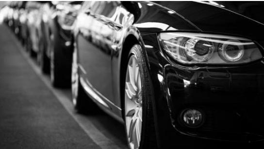 巨頭競奪自動駕駛汽車 未來50年內將全面普及自動...