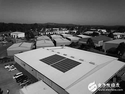 澳大利亚一大学用打印机制作出厚度不足1毫米的薄膜太阳能电池
