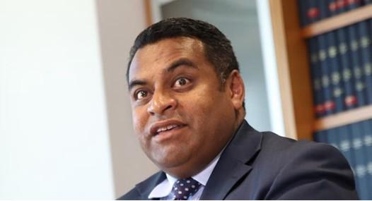 新西兰或许会禁止华为等中国通信设备厂商参与新西兰...