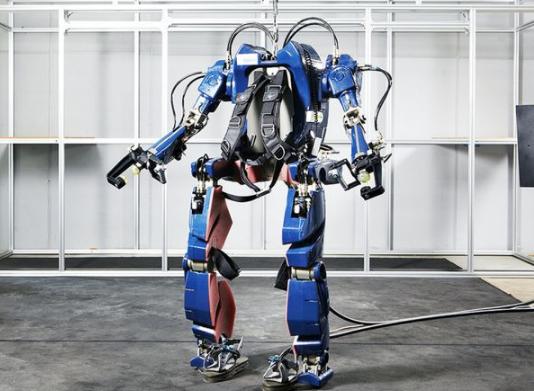现代汽车推出两款新型可穿戴的工业机器人