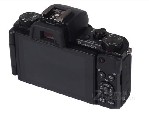 佳能G5X相机采用9组11片的镜头结构设计,拥有...