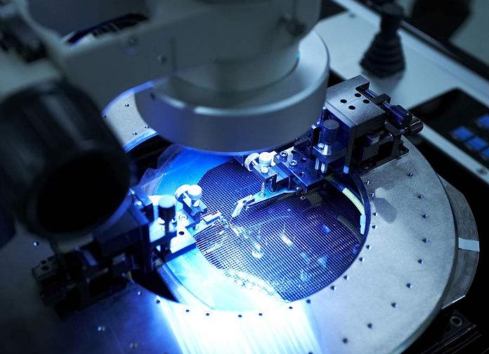 华润微电子宣布已成功开发出第三代0.18微米BCD工艺平台