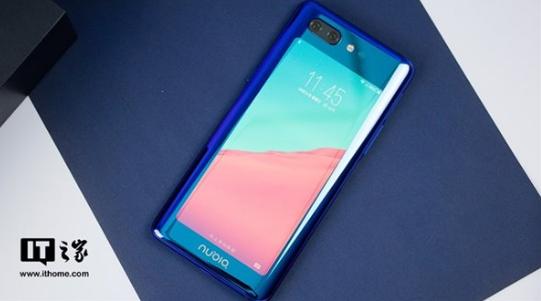 努比亚X采用独特双屏设计 在打破全面屏手机同质化