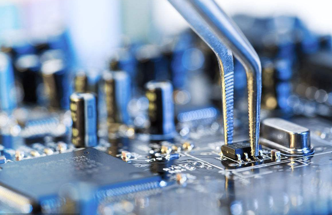 美国禁令拔掉了中国芯片发展的獠牙
