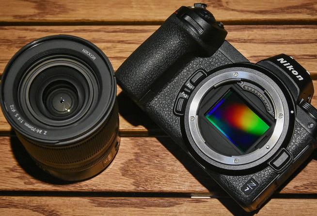 尼康全画幅微单Z7相机采用了50mmf/1.2镜头对焦灵敏度极高