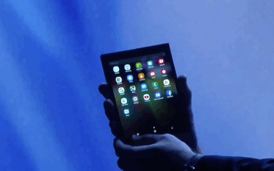 三星可折叠手机明年上半年上市 至少生产100万部