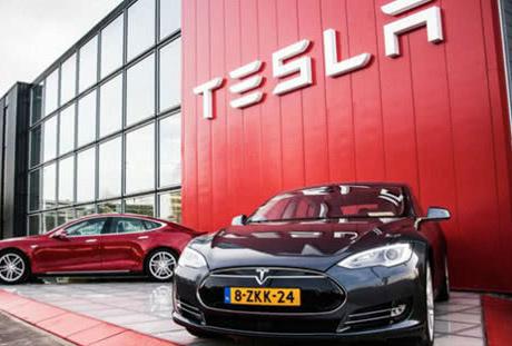 特斯拉宣布将在2019年实现完全自动驾驶 不会有...