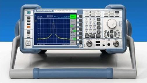 如何使用頻譜分析儀和前置放大器和信號發生器來測量噪聲系數