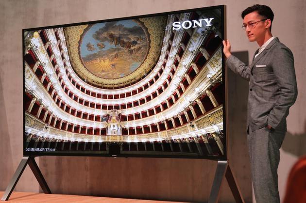 100寸索尼4K旗舰电视评测 集合了索尼显示上最...