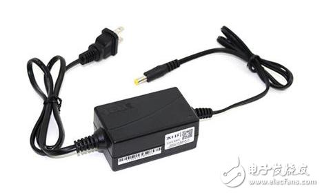 浅谈电源适配器音叉DC头和直插DC头的区别