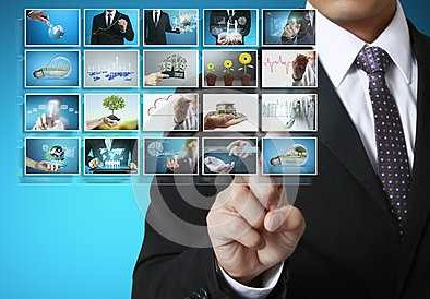 触摸屏在商用显示、车载、新零售三大方面的应用