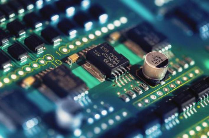 浅谈电子电路设计中PCB与EMC/EMI的模拟仿真相结合