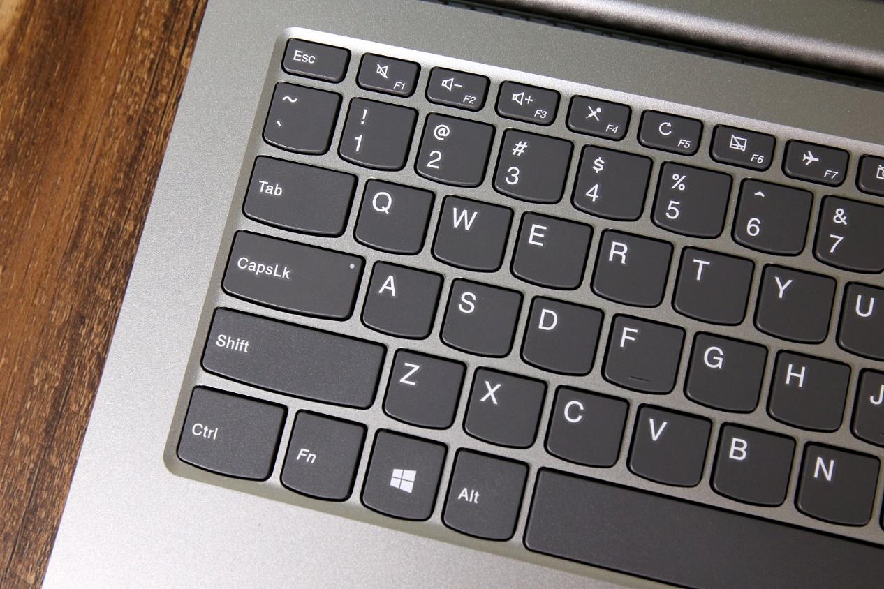 联想笔记本电脑键盘的更换方法及技巧