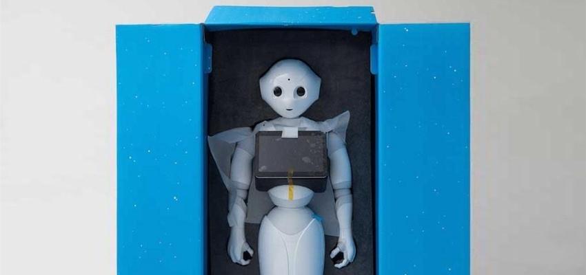 日本情感机器人拆解 全球仅1000台