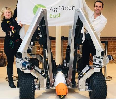 Harry将会是世界上第一个可组合农作物数字钻孔机器人的原型