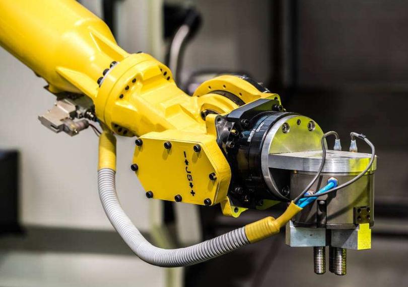未来工业机器人代替人工成为一种不可逆的趋势