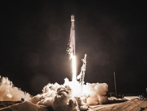 SpaceX已经获得发射Starlink的卫星互联网项目的全部卫星批文