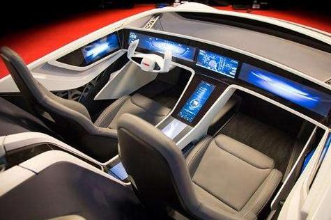 无人驾驶技术最重要的是如何使汽车变得越来越安全