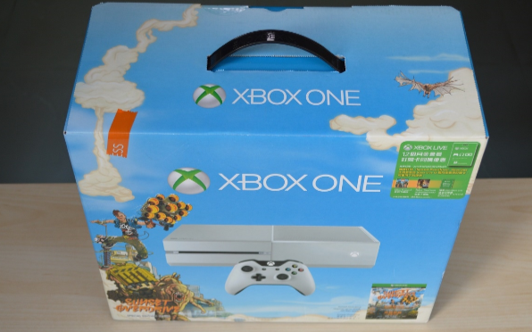 白色XboxOne高清图赏