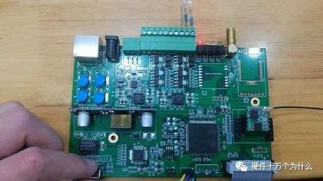 如何用STM32配置一个EXTIx中断线的I/O口