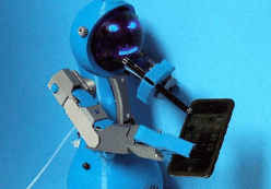 用机器人造机器人是噱头还是新风向