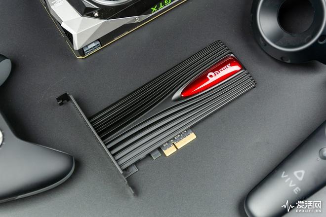 浦科特M9PeSSD评测 顶级硬件带幻彩游戏王者风范自成
