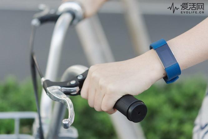 FitbitCharge2评测 调整健身状态学会呼吸