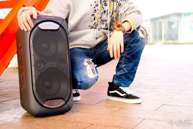 索尼GTK-XB60无线音箱评测 专为大场面而生