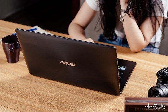 华硕灵耀XPro评测 双屏幕操控或成未来笔记本发展趋势之一