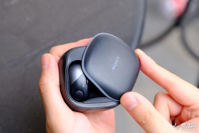 索尼WF-SP700N分体耳机评测 还是熟悉的索...