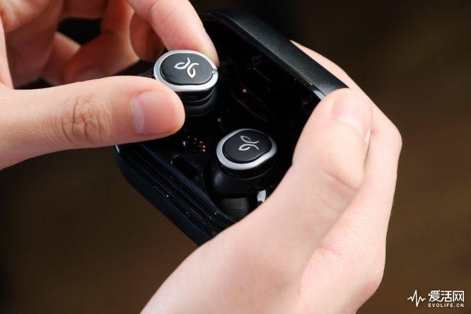 JaybirdRUN运动耳机评测 色彩鲜明的运动...