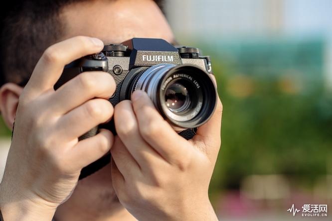 富士X-H1无反相机评测 没有比X-H1更强的APS-C无反相机了