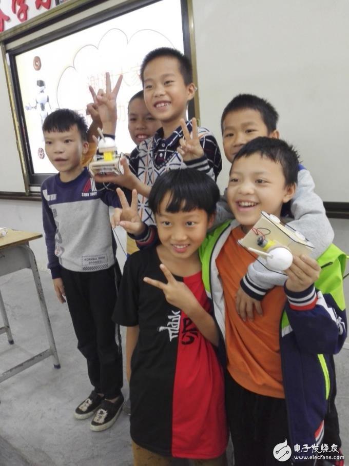 完成课件组装让孩子们充满了成就感