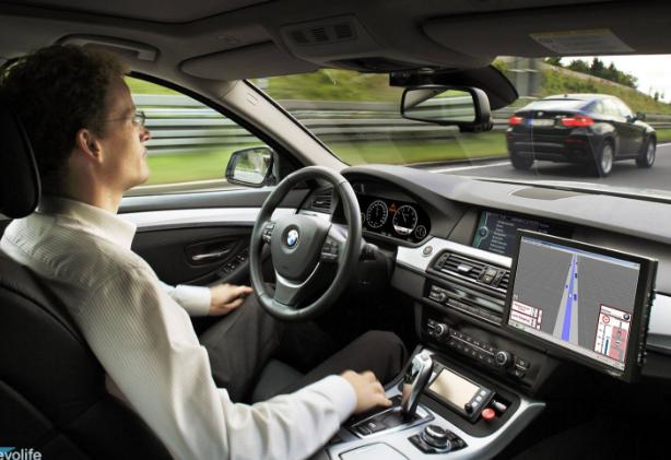 自主系统是苹果布局无人驾驶的第一步
