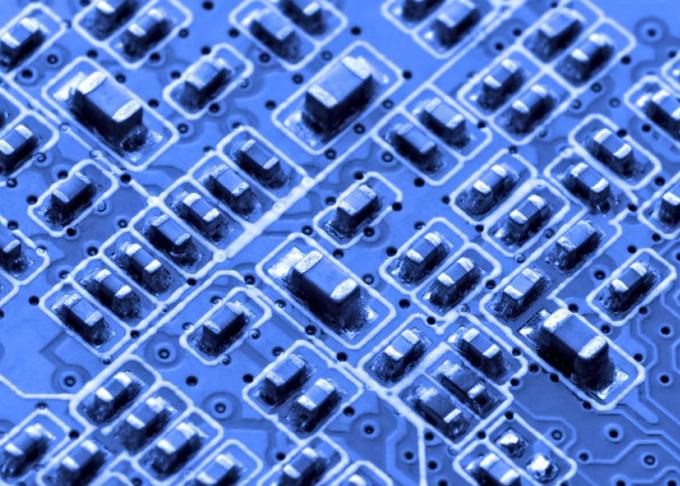 Cadence宣布已在三星的7LPP制程技术上成功流片GDDR6的IP芯片